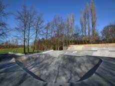 /skateparks/england/memorial-park-skatepark/