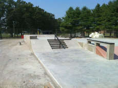 Windsor Locks Skate Park
